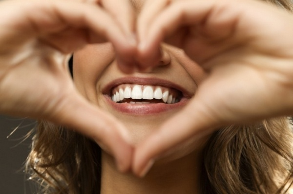 istock_beautiful-heart-smile-700x465.jpg