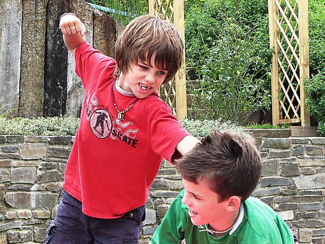 kids-fight.jpg