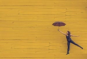 зонтик, игра, воображение, забава, жизненная необходимость