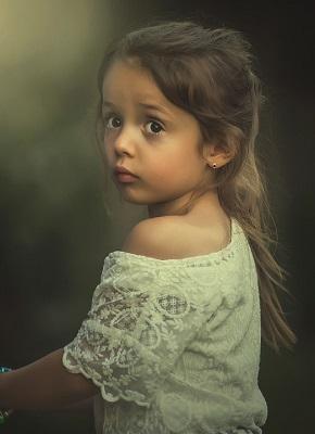 girl-1843477_960_720.jpg