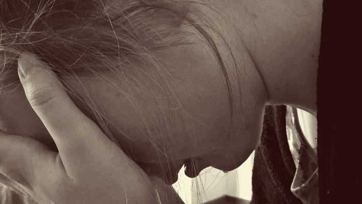 горевание, слезы, оплакивание