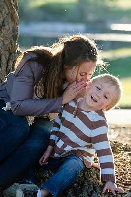 мама, ребенок, теплые отношения, завладевание